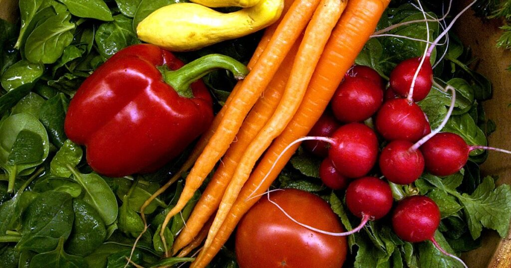 Ask Dr. Universe: What are some of the challenges of growing organic food?